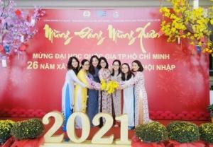 Mừng đảng, mừng xuân năm 2021